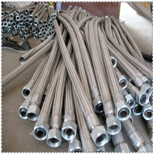 S.S. FLEXIBLE CORRUGATED BELLOW HOSES (WITH OR WITHOUT FITTING)