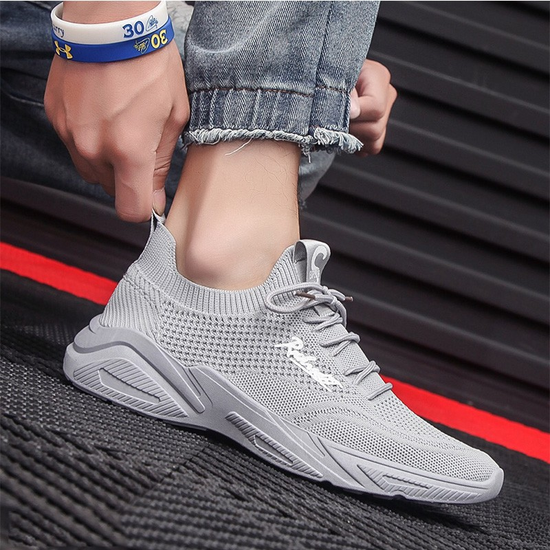 2020 summer new flying net surface versatile breathable light soft soles running casual sports shoes