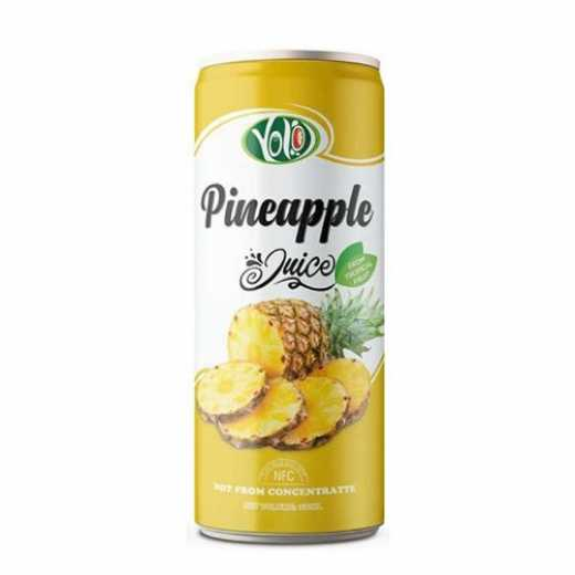 Fresh pineapple fruit juice