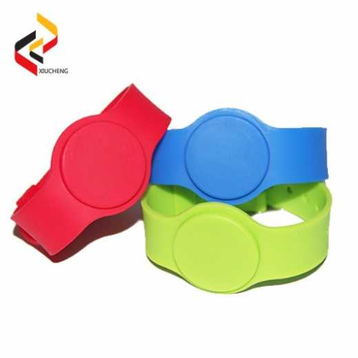 C01 Customized RFID Silicone Wristbands/Bracelets with TK4100/F08 chip with promotion price: US$0.35/piece
