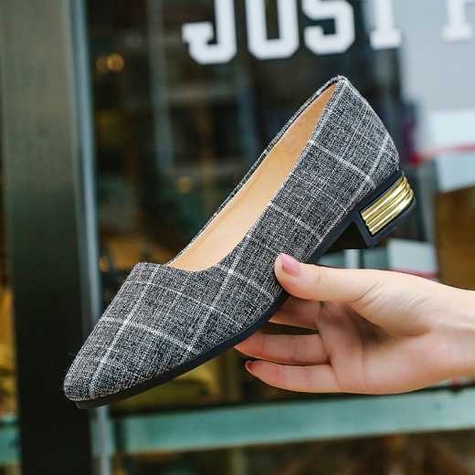 Fashionable joker flat bottom single shoe pointed low top four seasons soft bottom is contracted, joker, four seasons